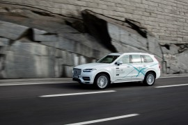 189511_volvo_xc90_drive_me_test_vehicle_1800x1800