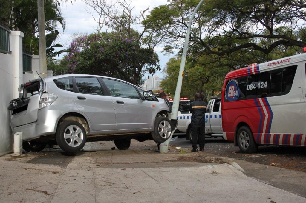 2416_1437_Durban - 09 June 2011 (2)