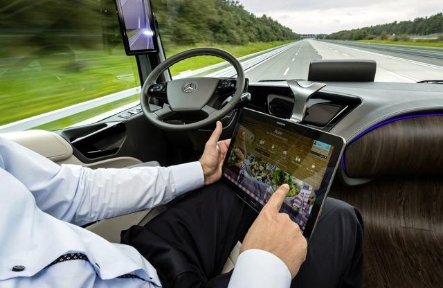 Mercedes-Benz-Future-Truck-2025-6