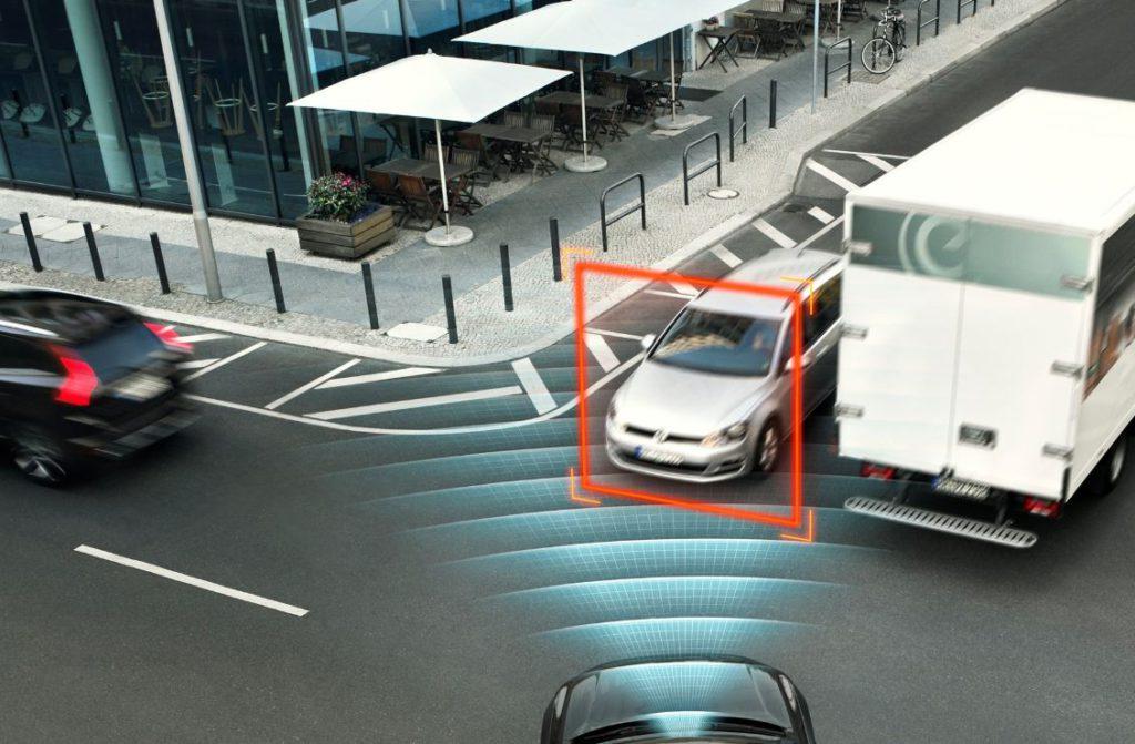 Volvo XC90 innovative IntelliSafe solutions