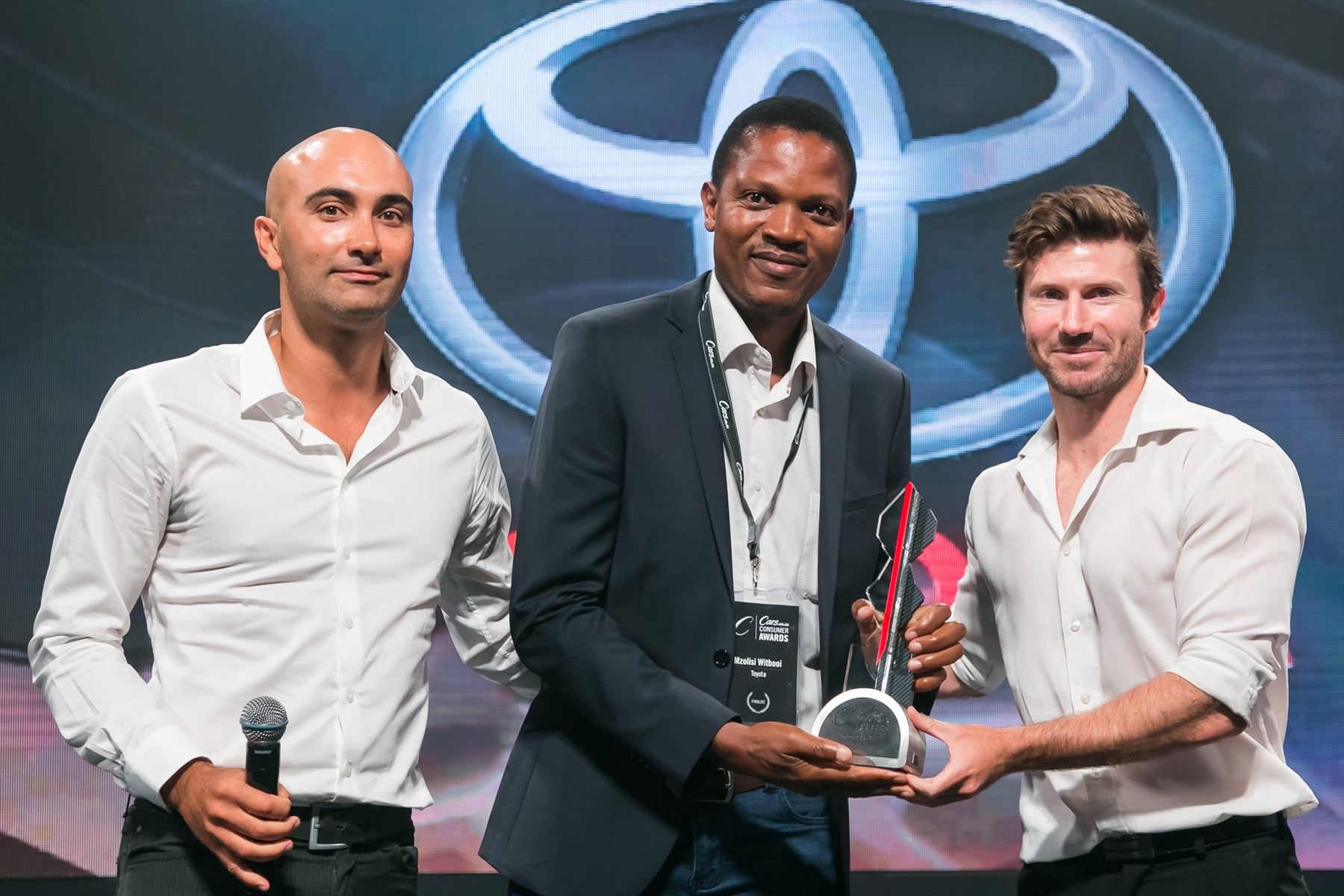 carsawards-brand-of-the-year_1800x1800