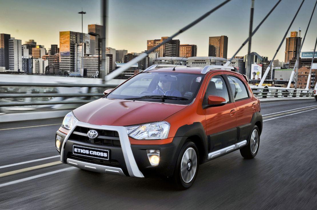 Toyota reveals all-new Etios Cross | Car Insurance